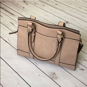 Bueno purse bag in pastel pink salmon NEW